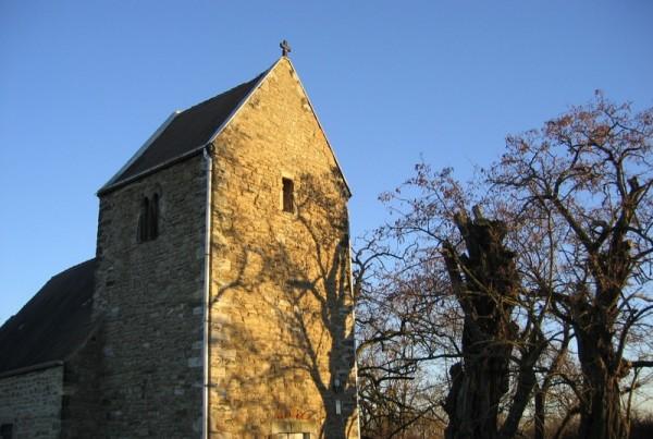 Kirche Treben