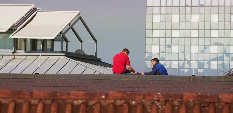 """""""Das kannst du halten wie die Dachdecker"""" – Ein Handwerk für mutige Männer und Frauen"""
